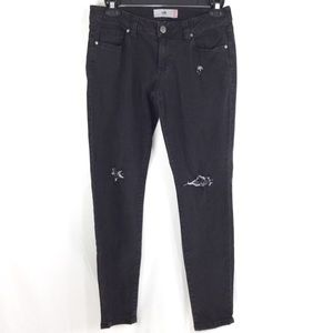 Cabi #3189 New Crop Black Stretch Denim Capri Jean